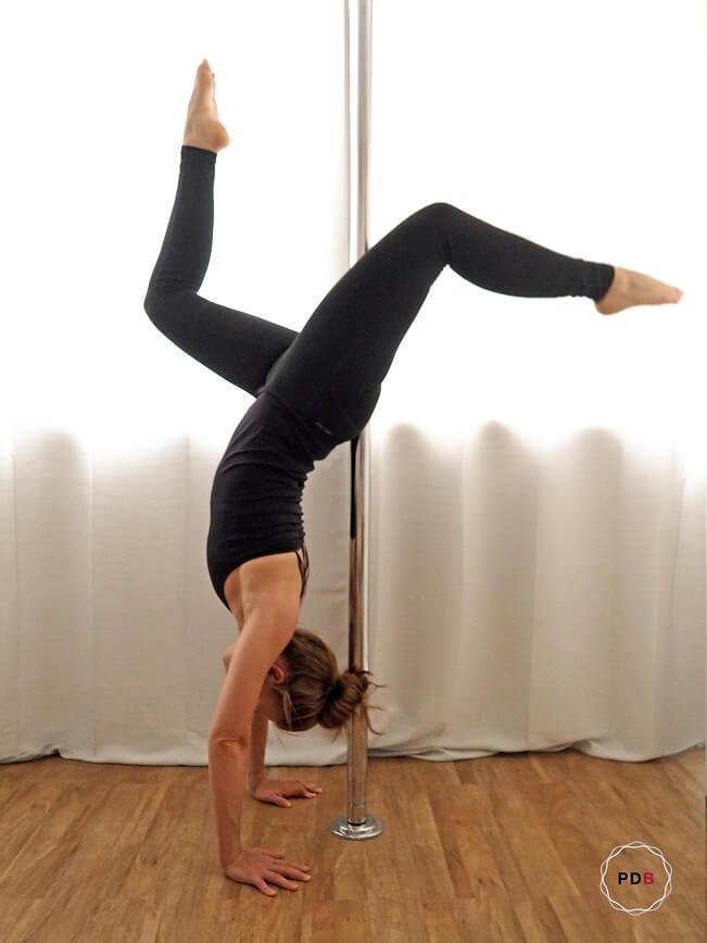Poledance Handstand Variation