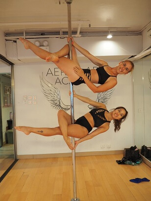 Poledance lesson in Hong Kong